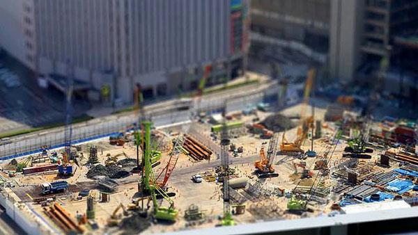 time lapse di un cantiere con gru a milano Droinwork